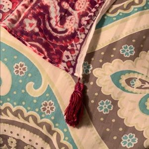 American Eagle Outfitters Accessories - Scarf